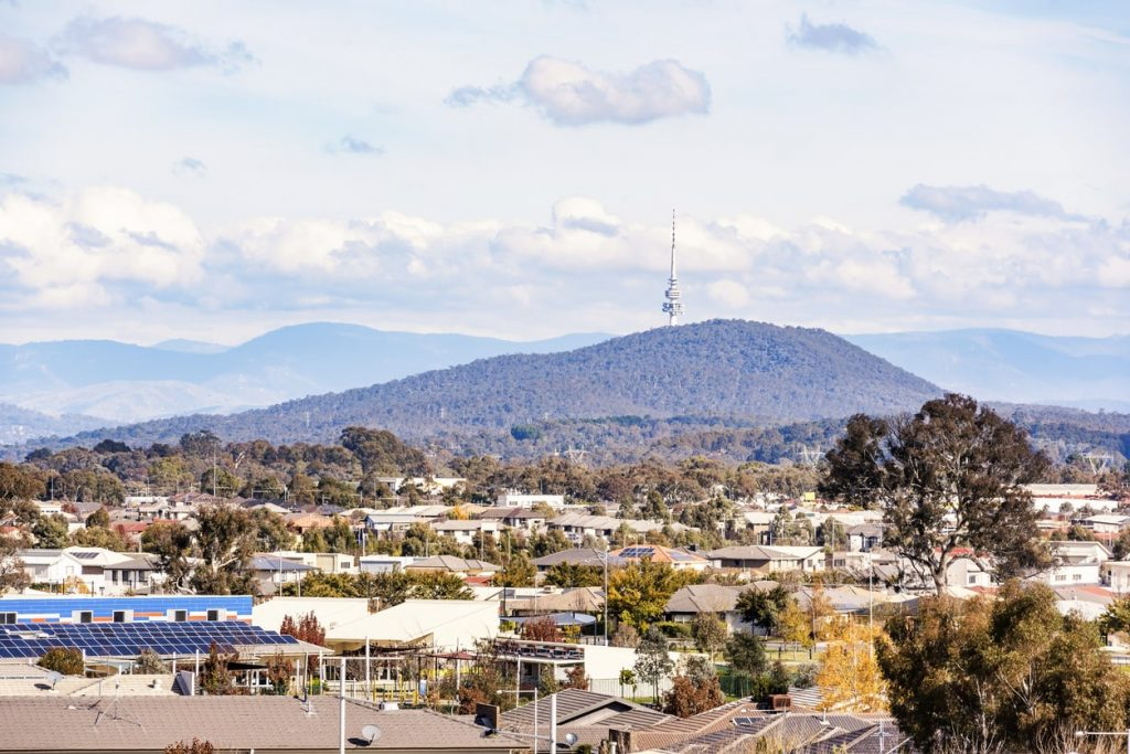 Canberra property market turns up heat